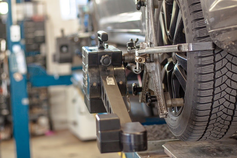 Choosing a Car Repair Shop and Questions to Ask When Visiting the Shop