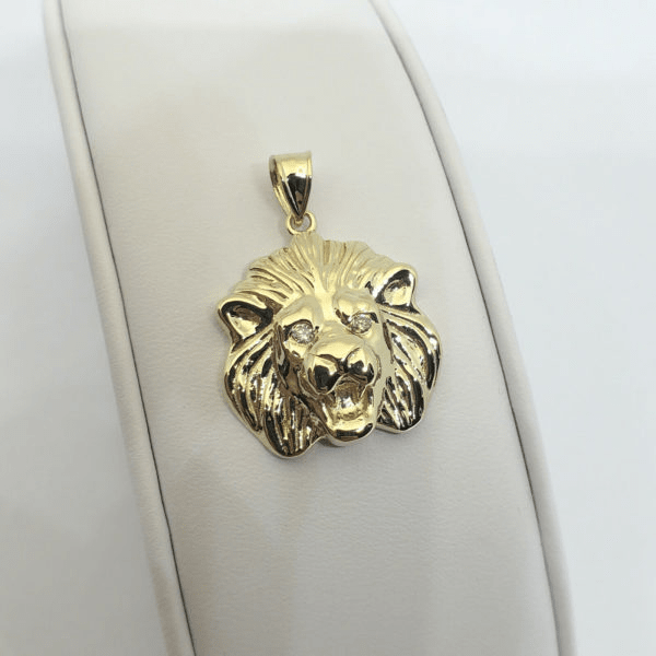 Jewelry Gift Ideas To Make A Man Feel On Cloud Nine | Guide To Happiness