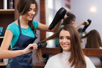 THE BENEFITS OF SEEKING THE SERVICES OF RENOWNED PROFESSIONAL HAIR SALONS