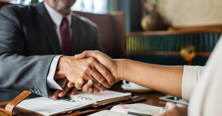 Things You Should Know Before Hiring a Lawyer